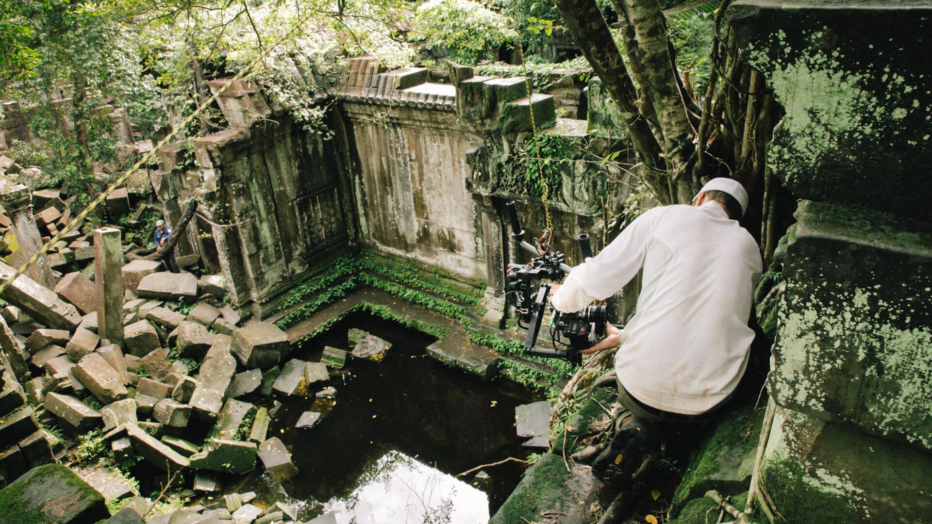 movi-operator-sam-nuttmann-cambodia-bbc-monsoon-big-rope-rig